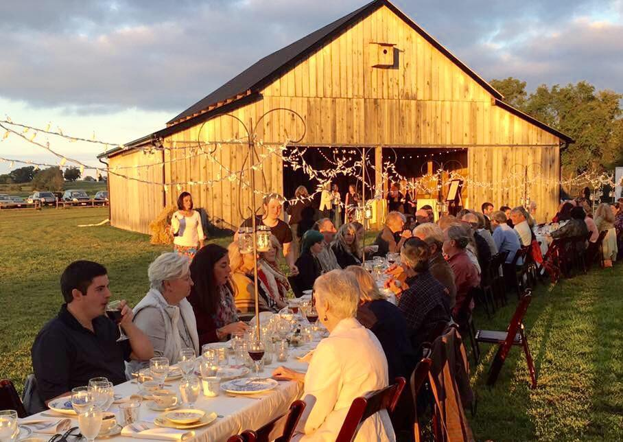Dining alfresco on farm